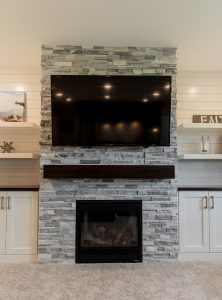 Read more about the article Light & Bright Fireplace